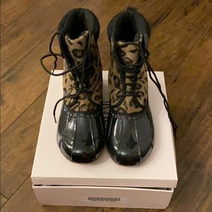 Just fab leopard duck boots